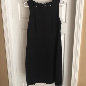 Black sleeveless dress, can be worn for a wedding